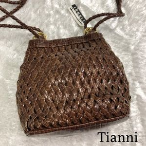 Tiannl